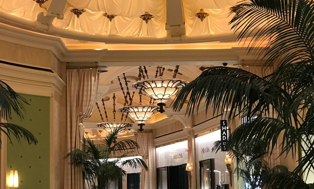 Gladstone Custom Lighting Wynn Hotel